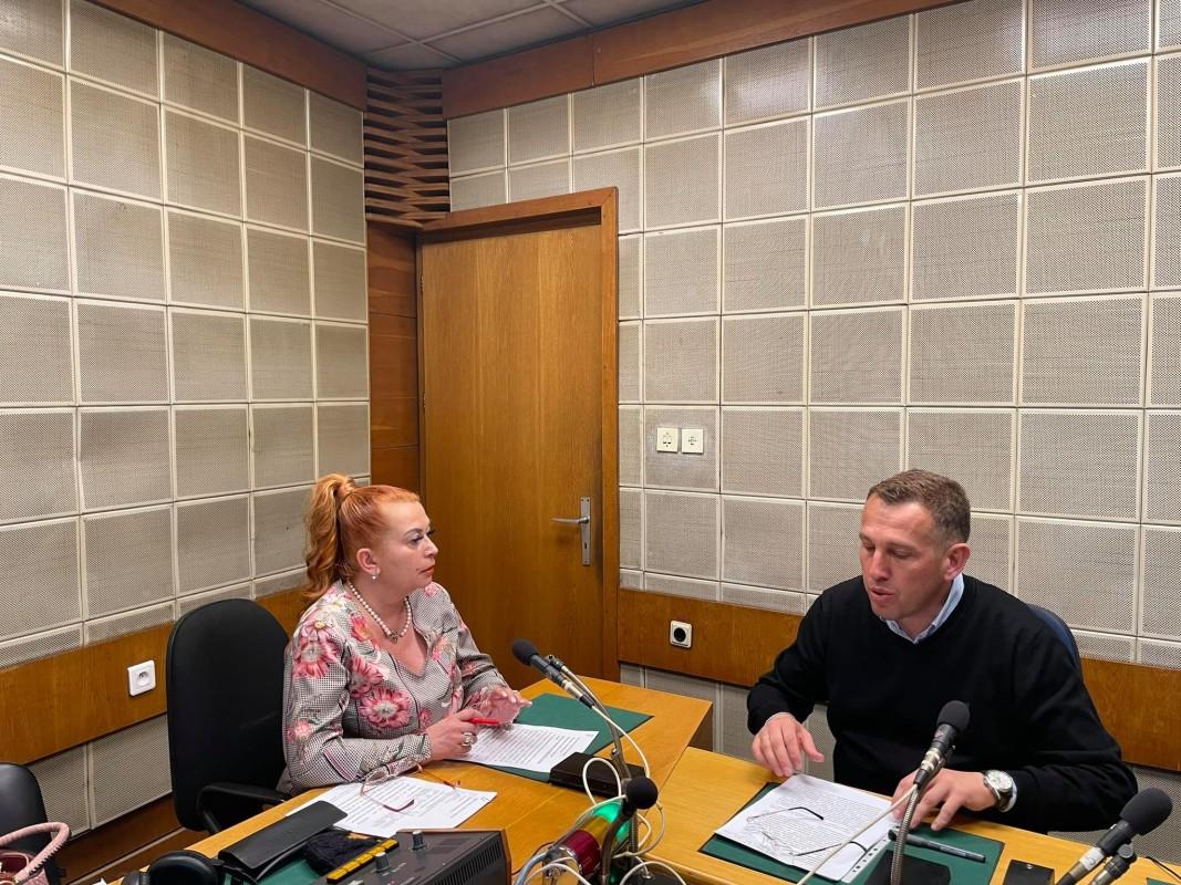 Проф.д-р. Венелин Терзиев с водещата Анелия Торошанова