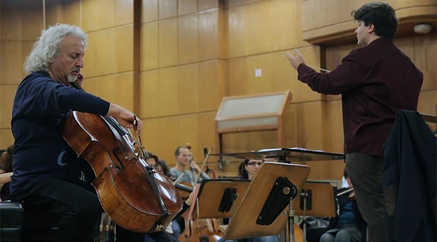Миша Мајски и Александар Земцов са Симфонијским оркестром БНР