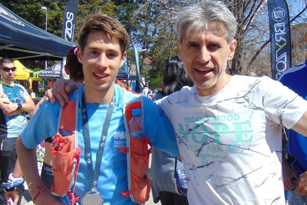 Христо Минков с баща си
