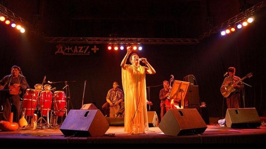 Слънчев джаз+ ни предлага околосветско пътешествие, започващо от Босфора и
