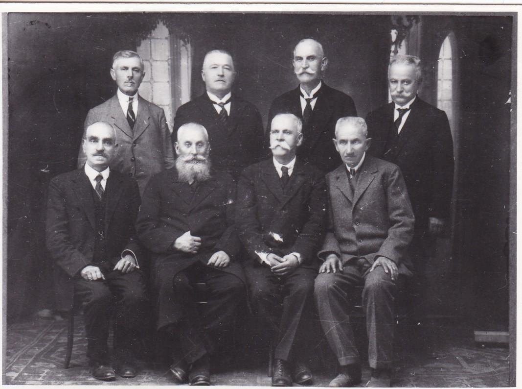 Георги Кандиларов и Божил Райнов (в средата) са първите директори на Солунската гимназия