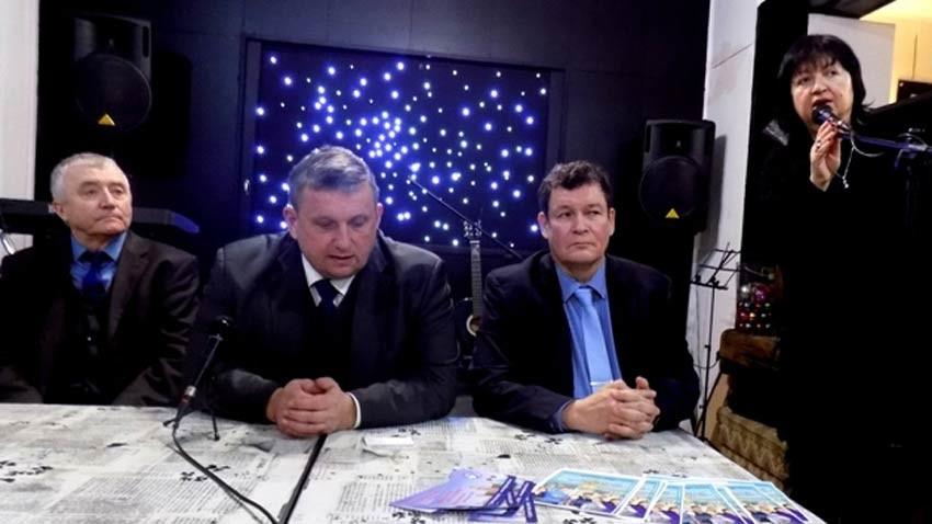 На фото слева направо: Алексей Новоселов, Константин Артюшин, Роберт Шестаков и Снежана Тодорова