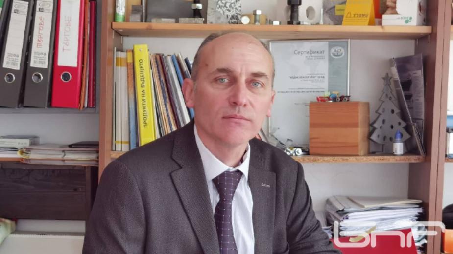 """""""Не може министърът на регионалното развитие на чисто нова сграда"""