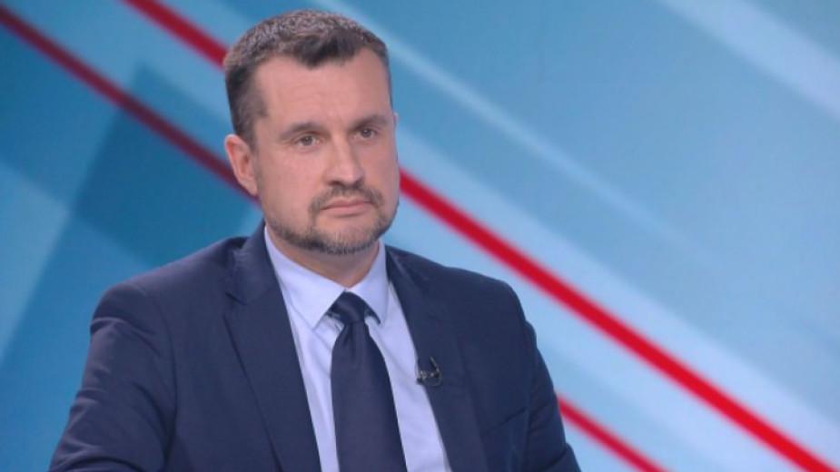 Калоян Методиев: Отлагането на датата на изборите е авантюризъм и ще има  висока цена - От деня - БНР Новини