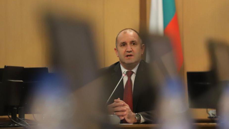 Президентът Румен Радев инициира дискусия за мерките срещу високите цени