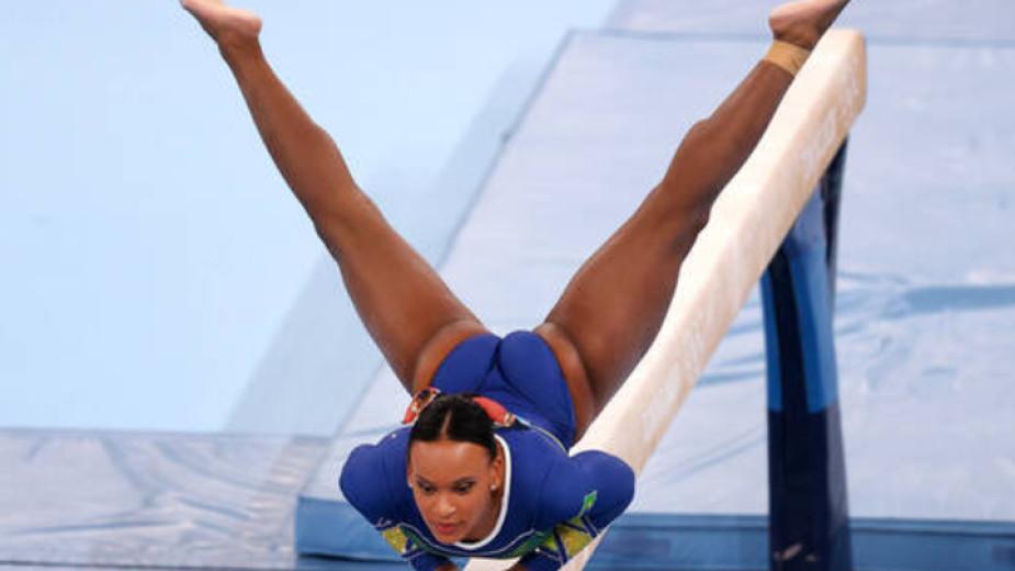 Бразилката Ребека Андраде спечели златен и сребърен медал в първите
