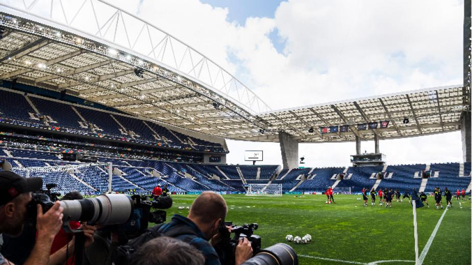 Финалът на Шампионската лига бе преместен и ще се играе