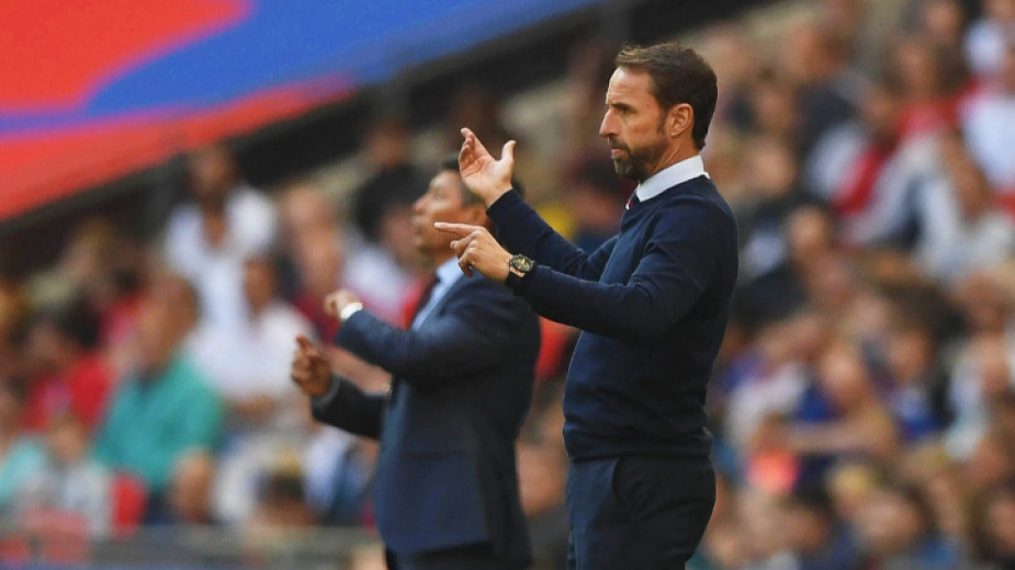 Футболистите на Англия готови да напуснат терена в София при расистка обида