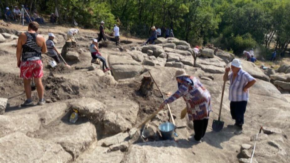Археолозите на Перперикон ще отворят днес три запазени ранно християнски