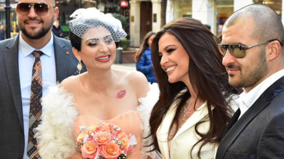 Пищна сватба с над 350 гости вдига Софи Маринова