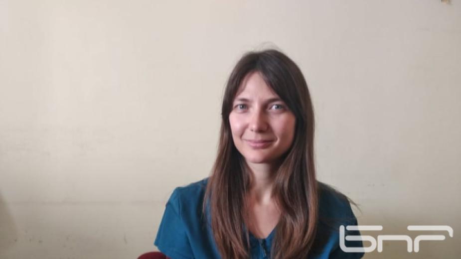 Д-р Десимира Миронова е лекар на първа линия. Първият, който