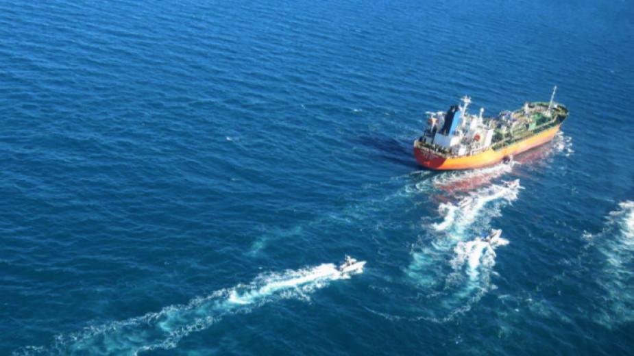 "Иран освободи южнокорейския танкер ""Ханкук Чеми"" и неговия екипаж, които"