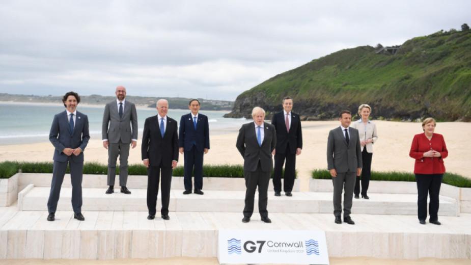 Британският премиер Борис Джонсън заяви в петък, че са налични