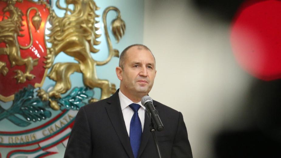 Президентът Румен Радев призова медиите да сдържаност и избягване на