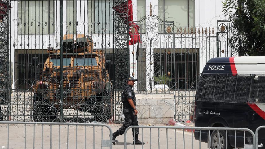Световната здравна организация препоръча на правителството на Тунис да направи