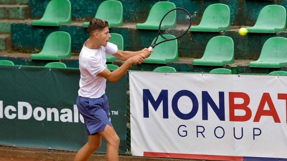 Двама българи на четвъртфинал в Бургас