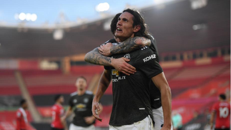 Манчестър Юнайтед предложи нов договор на уругвайския нападател Единсон Кавани,