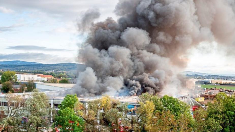 Петима ранени след експлозия в завод за преработка на отпадъци в Австрия
