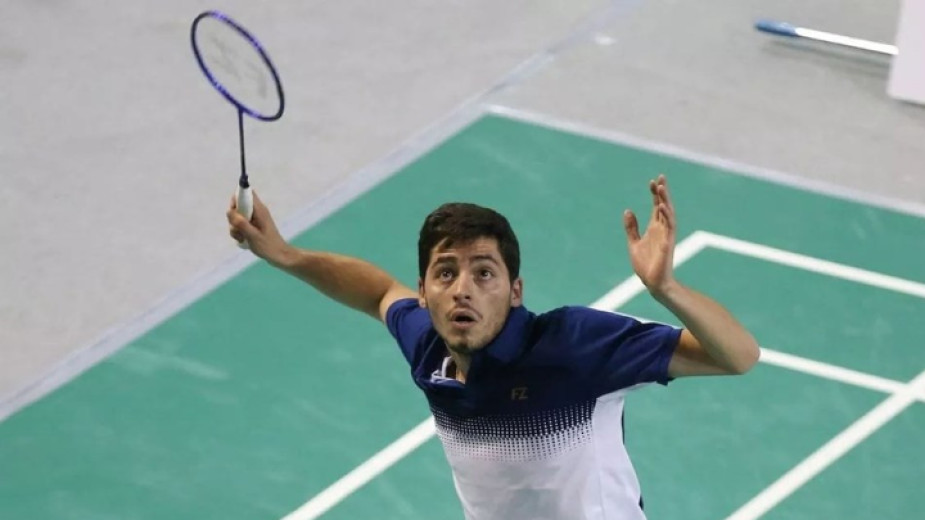 Даниел Николов продължава на турнира по бадминтон в Холандия