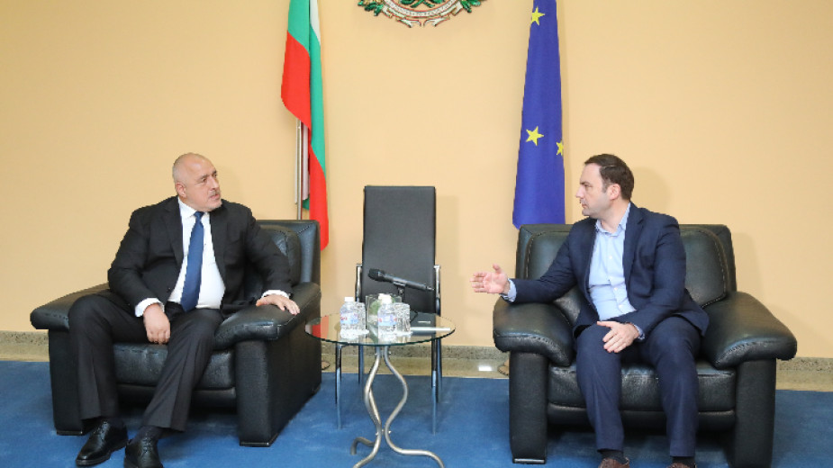 Необходим е разум, а не емоции в преговорите между България