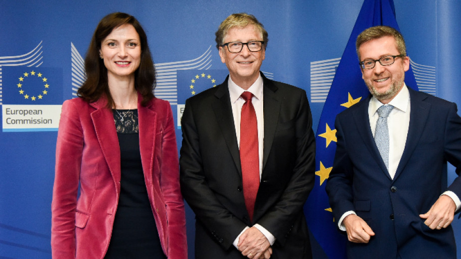 Мария Габриел и Бил Гейтс обсъдиха сътрудничеството в здравеопазването и чистата енергия