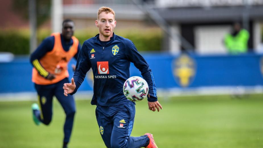 Противопандемичните мерки в шведския национален отбор по футбол се затягат,