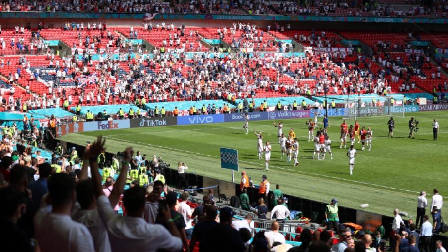 УЕФА е заплашила Англия с отнемане на домакинството на финала