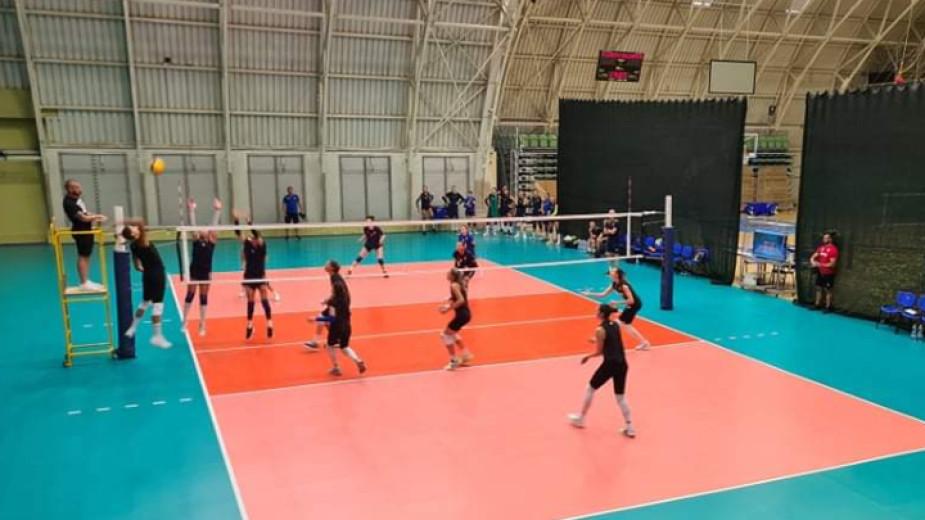 Женският ни национален отбор по волейбол започна с успех в