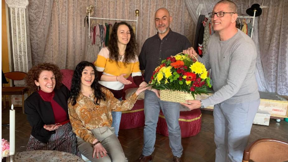 Лина Ангелова, Венера Мелеки, Светлана Галианова, Пламен Кумпиков и Станислав Кимчев след предпремиерното представление