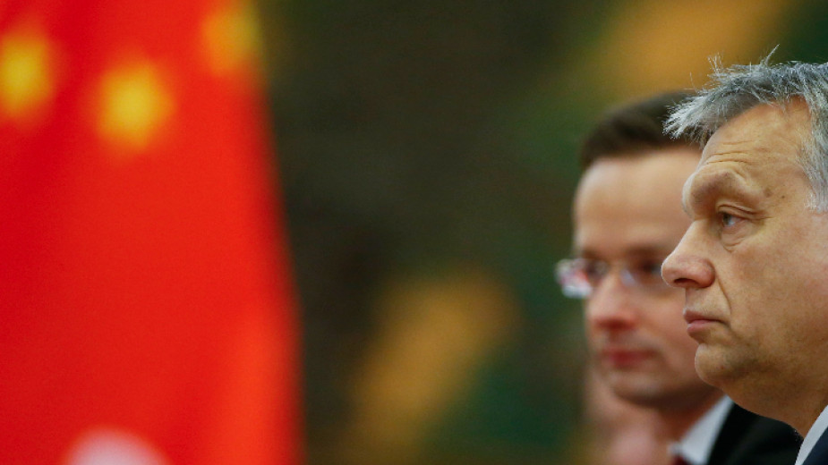 Още един широкодискутиран аспект на китайското влияние в Европа са