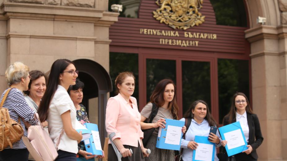 Представители на Националната гражданска инициатива