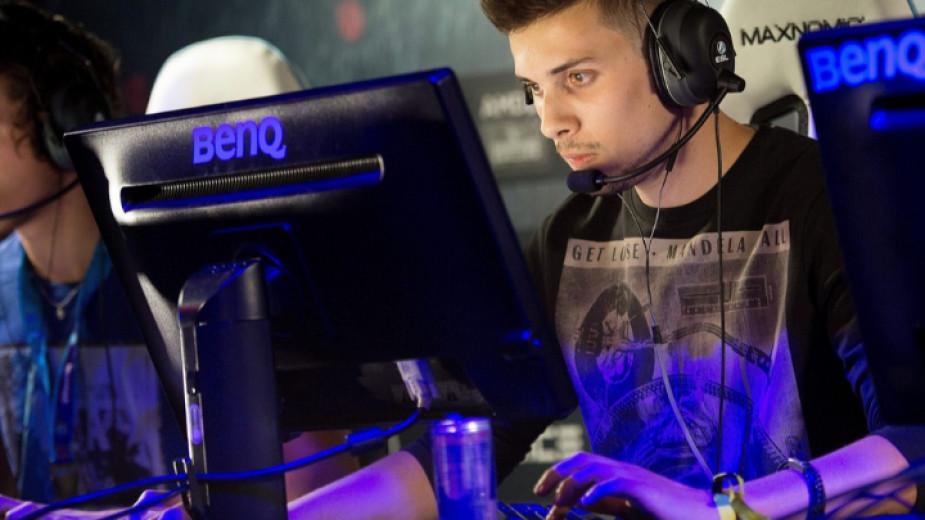 Професионален геймър може да спечели над $500 хиляди долара месечно