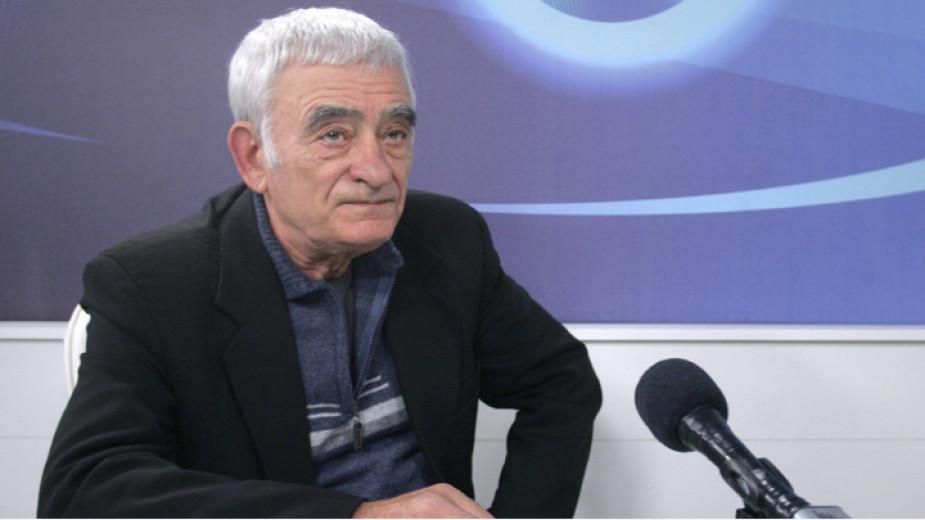 Поклонението пред актьора Иван Налбантов ще е днес от 11