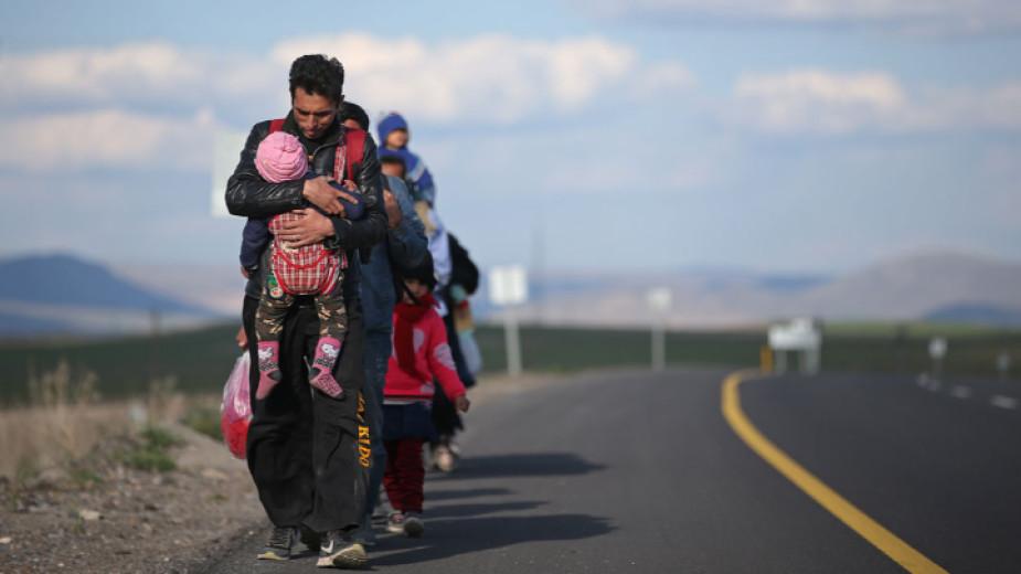 Интегрират ли се бежанците у нас