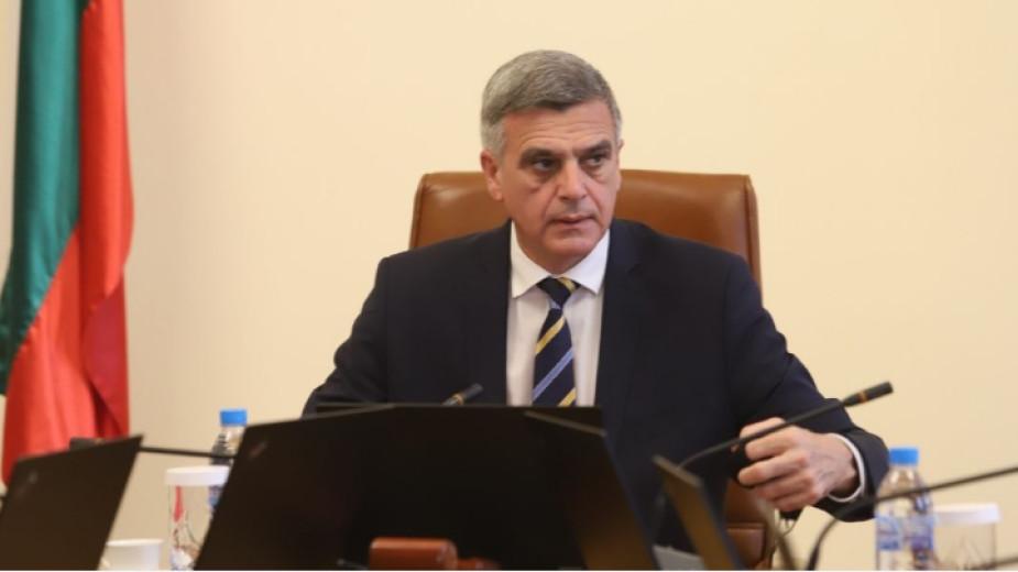 Служебният премиер Стефан Янев започна поредици от срещи по енергийни