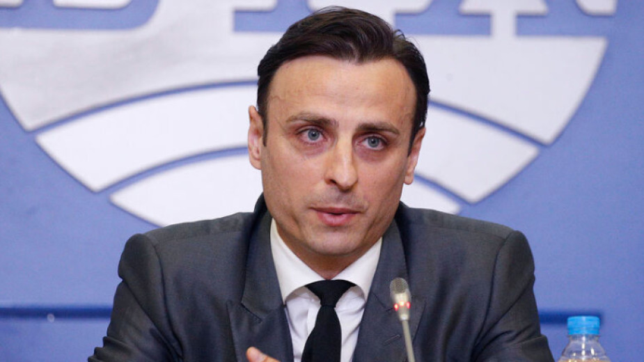 Кандидат-президентът на Българския футболен съюз Димитър Бербатов коментира в своя