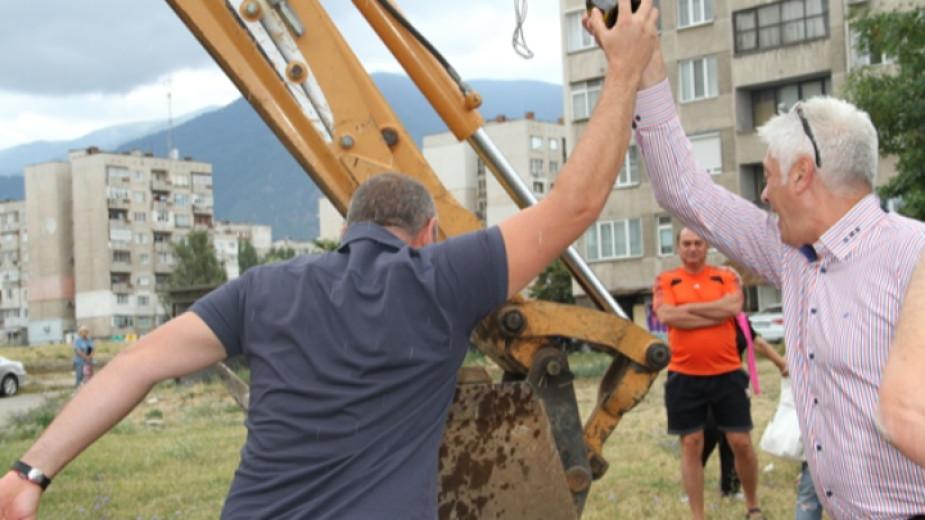 Започва вторият етап от ремонтните дейности в най-големия квартал на