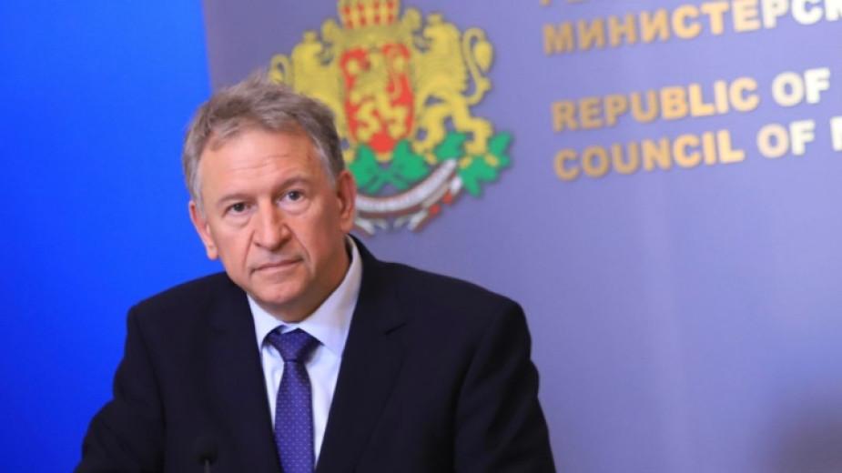 Здравният министър в служебното правителство Стойчо Кацаров ще предложи удължаване