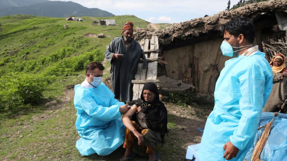 Рекордните 7 и половина милиона ваксинации за ден регистрира Индия,