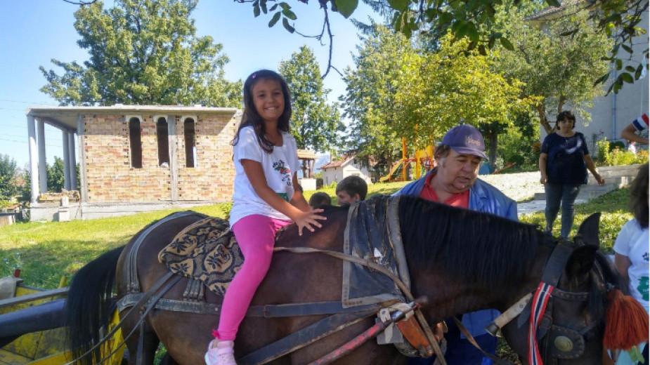"""34 деца от Габрово се включиха в инициативата """"Приеми ме на село"""""""