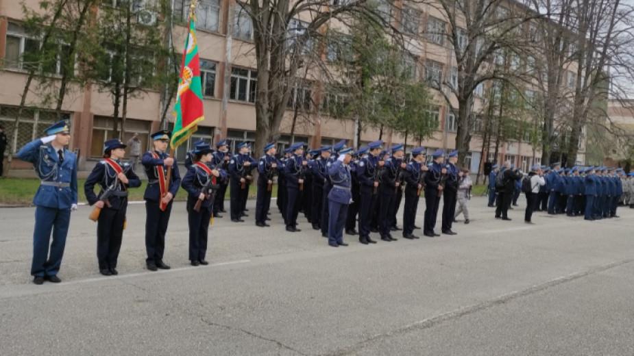 България разполага с кадри за новия Космически център на НАТО,