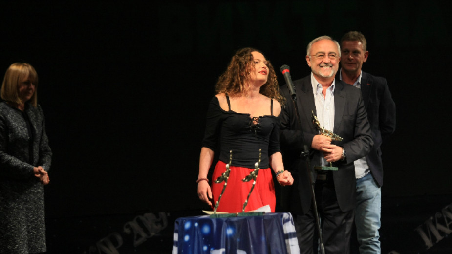 Ирини Жамбонас спечели ИКАР за водеща женска роля за участието