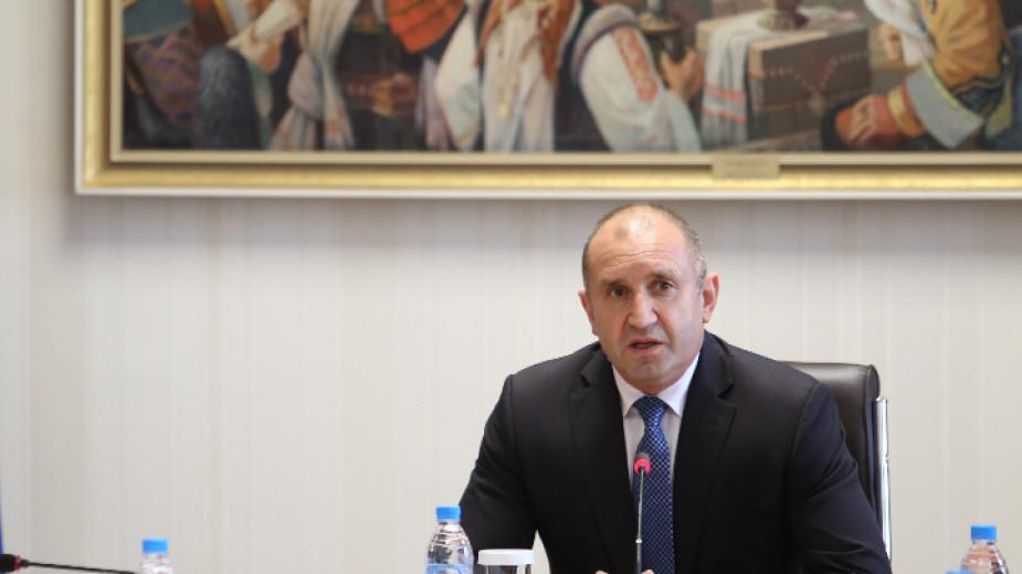 Президентът Румен Радев изказва съболезнования на семейството, близките и колегите