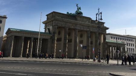 Бранденбургаската врата
