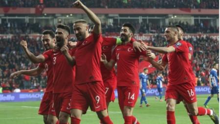 Турция с нова победа в квалификациите