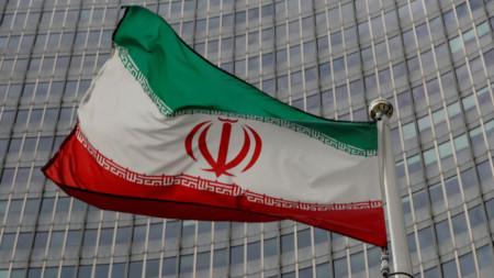 Знамето на Иран се вее пред централата на Международната агенция за атомна енергия във Виена, 19 септември 2019 г.