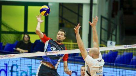 Виктор Йосифов завърши с 12 точки за Монца.