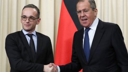 Външните министри на Германия и Русия Хайко Маас и Сергей Лавров на срещата им в Москва през януари 2019 г.
