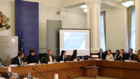 ОИСР представи преглед на управление на държавните предприятия в България