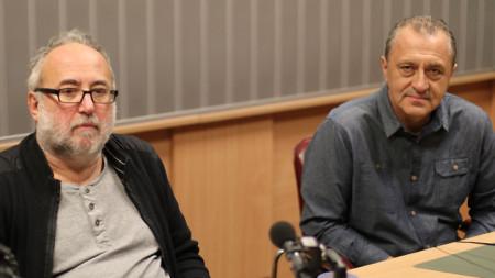 "Проф. Стилиян Йотов (вляво) и проф. Валери Стефанов в студиото на програма ""Христо Ботев""."